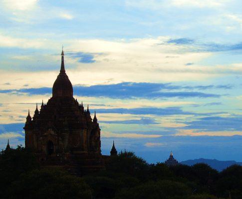 5 reasons to visit Myanmar